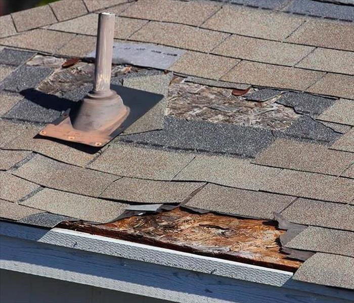 Leaky Roof Water Damage: Roof Leaks In Cherry Hill, NJ, Shingle Damage In Cherry